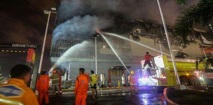 菲律賓:一商場起火 失蹤人員恐全遇難