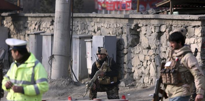 阿富汗:喀布爾自殺式爆炸致多人傷亡