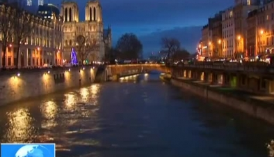 法國:塞納河水位大幅上漲 警方密切監控