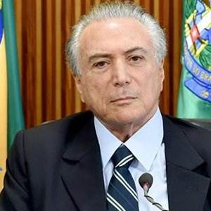 巴西總統否認通過助手收受錢財