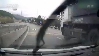 越南高速公路驚魂一幕