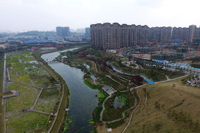 """【""""飞阅""""中国】航拍广西南宁城市新名片——那考河"""