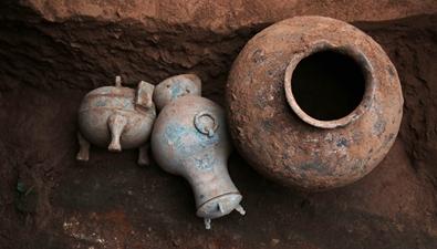陜西考古發現2000多年前秦國古酒