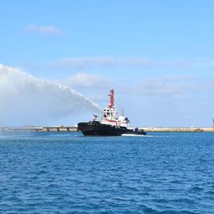 [时政晚报]国内首艘江海直达船完成首航
