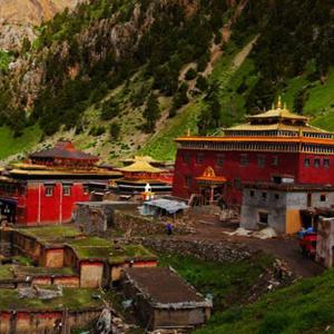青海玉樹:在藏區千年名剎達那寺觸摸歷史脈搏