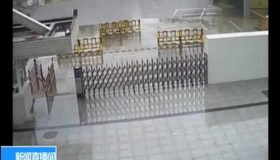 廣東:貨車側翻 執勤官兵救出被困人員