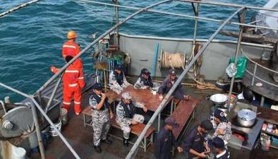 """泰國:普吉遊船傾覆事故""""鳳凰號""""相關責任人被捕"""