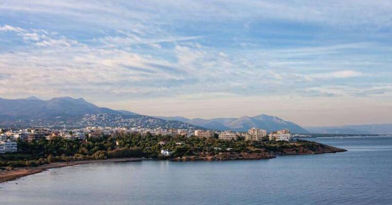 痛定思痛:希臘將拆除阿提卡沿海三千余座違章建築