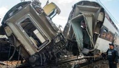 摩洛哥火車脫軌致90多人死傷