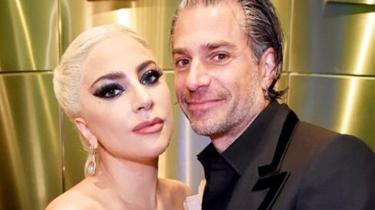 Lady Gaga與男友訂婚