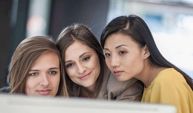 """新職業群體涌現 越來越多年輕人以""""興趣為導向"""""""