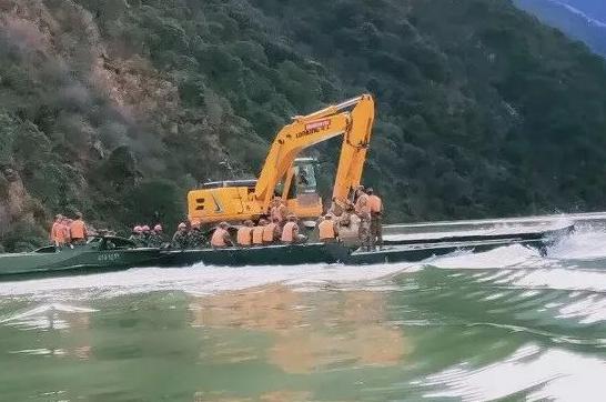 金沙江堰塞湖搶險