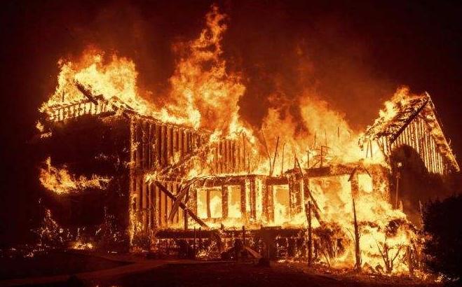 加州山火死亡人數升至50人