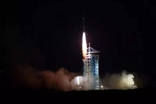 我國成功發射試驗六號衛星