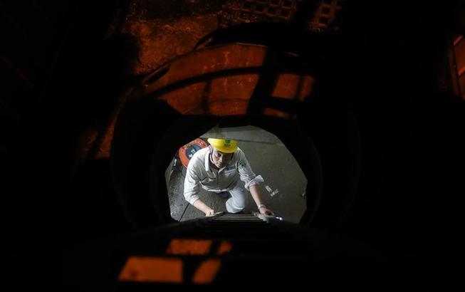 上海:地下電纜敷設忙