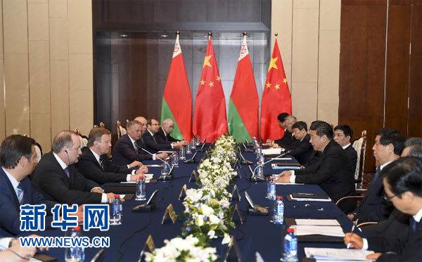 5月11日,國家主席習近平在明斯克會見白俄羅斯總理科比亞科夫。 新華社記者 謝環馳 攝