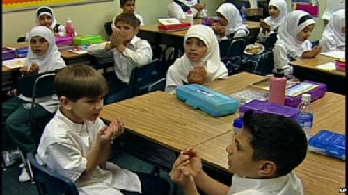 人口用英文_大量人口搬到南岸省zf对英语学校大笔投资来
