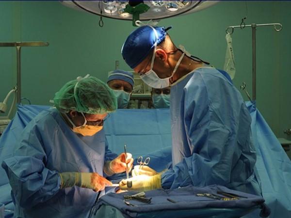 外科 大 事件 整形 室