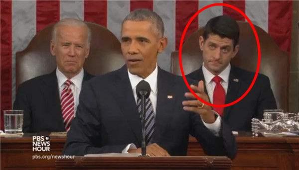 奥巴马讲国情表情身后小哥表情亮了(图)高兴地咨文飞起要包图片