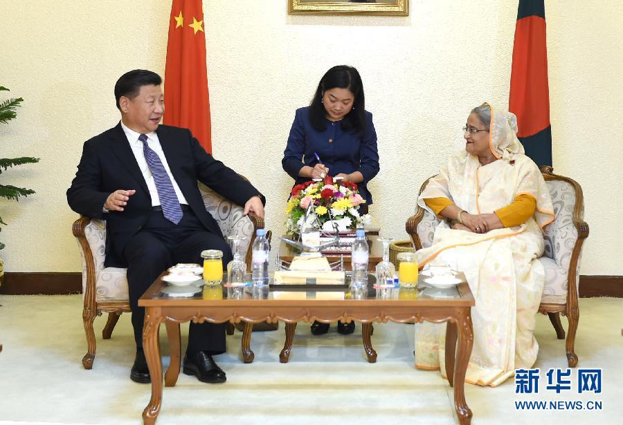 10月14日,國家主席習近平在達卡同孟加拉國總理哈西娜舉行會談。 新華社記者謝環馳攝