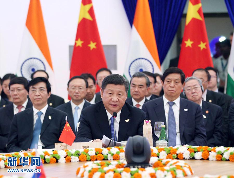 10月16日,金磚國家領導人第八次會晤在印度果阿舉行。中國國家主席習近平、印度總理莫迪、南非總統祖馬、巴西總統特梅爾、俄羅斯總統普京出席。習近平發表題為《堅定信心 共謀發展》的重要講話。新華社記者姚大偉攝