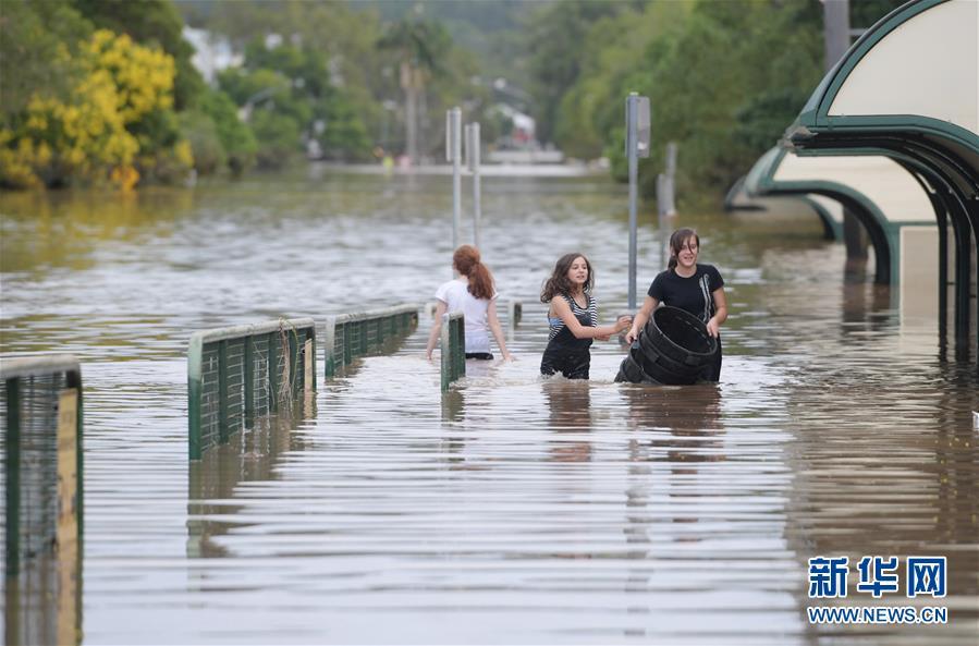 """(外代一線)(2)熱帶氣旋""""黛比""""在澳大利亞已造成5人死亡"""