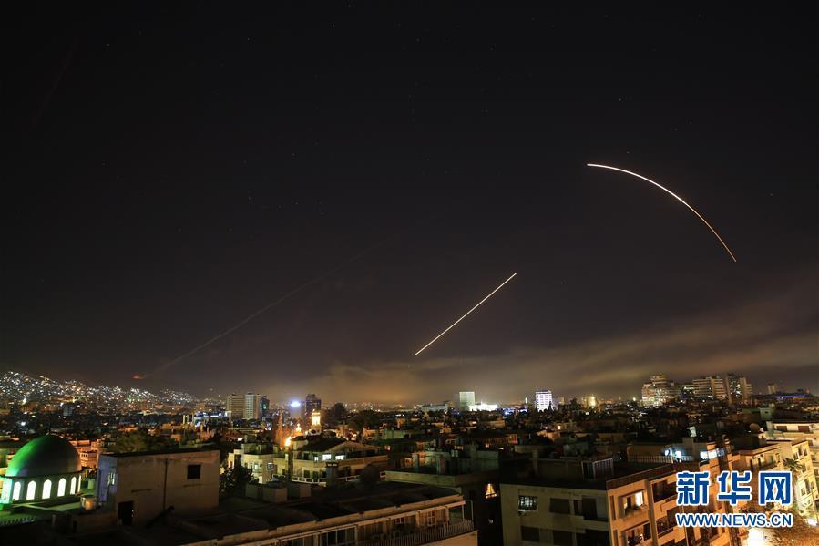 特朗普宣布对叙进行精准军事打击