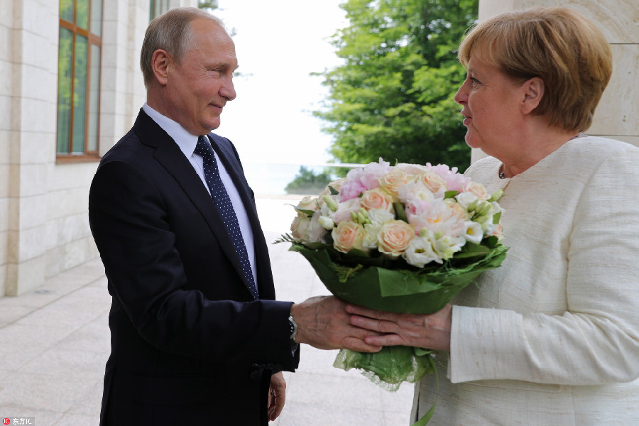 德国总理默克尔对俄罗斯进行访问