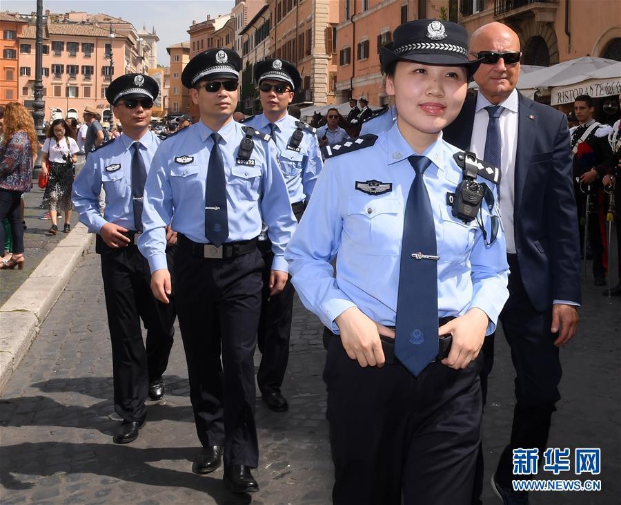 (国际)(5)中意警方启动第三次在意联合巡逻