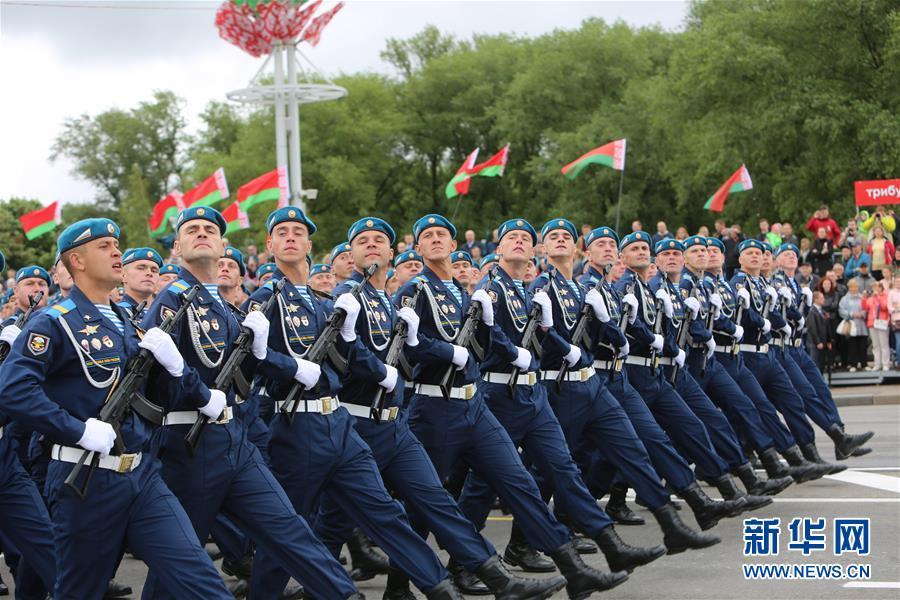 (国际)(3)白俄罗斯举行独立日阅兵式 解放军仪仗队首次应邀参加