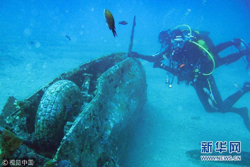 法国:潜水员在深海发现二战美国战斗机残骸