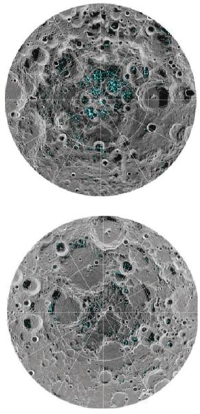 图中浅蓝色区域就是发现水冰的地方,上图为月球南极,下图为月球北极。图/NASA