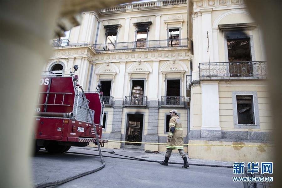 (國際)(2)巴西國家博物館火災過後幾成廢墟