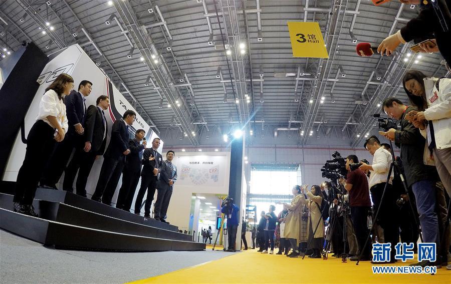 (新华全媒头条·聚焦进口博览会·图文互动)(22)海纳百川 利达天下——首届中国国际进口博览会巡礼