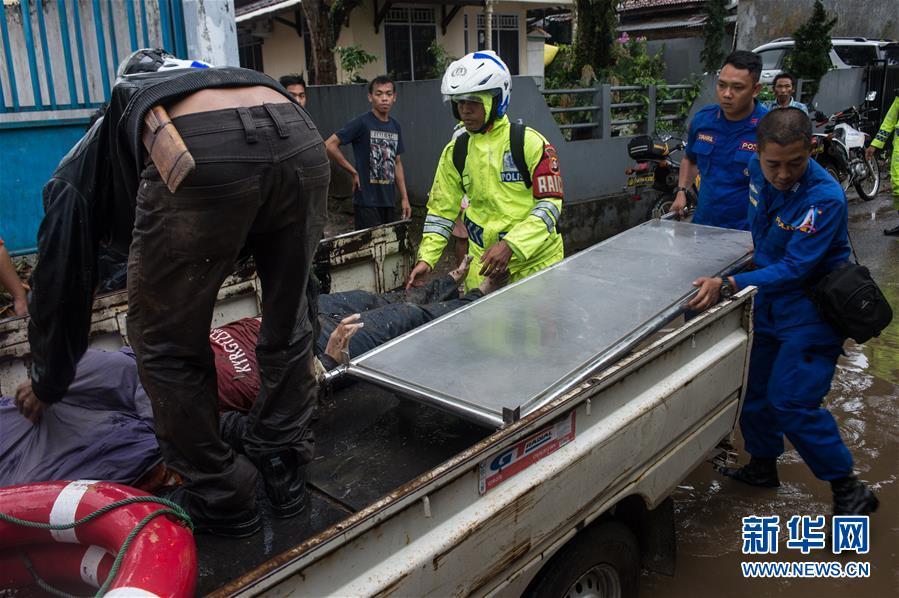 (国际)(1)印尼巽他海峡海啸遇难者人数升至222人
