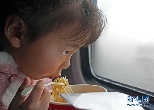 pc蛋蛋怎么赚钱春运,向世界传递中国速度与温情