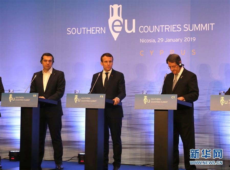 (國際)(1)法國總統説不可就英國和歐盟之間達成的協議重新談判