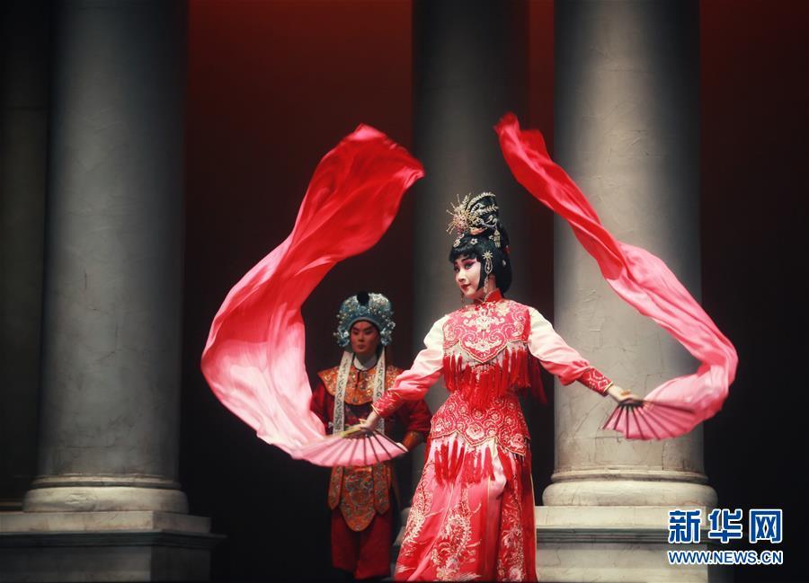 (習近平出訪配合稿·圖文互動)(3)通訊:當中國京劇遇上意大利歌劇——人文交流助力中意兩國民心相通