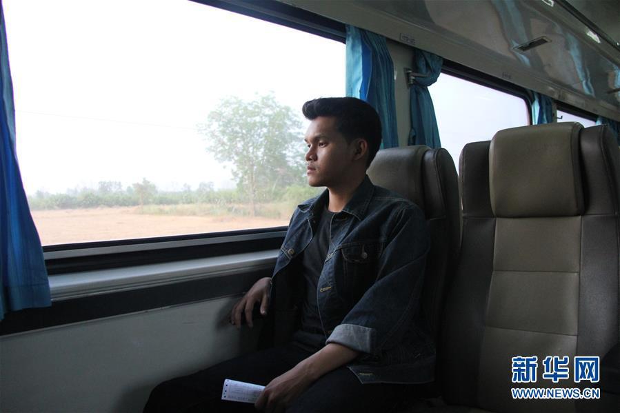 """(國際·""""一帶一路""""高峰論壇·圖文互動)(2)通訊:泰國青年阿努帕的火車司機夢"""