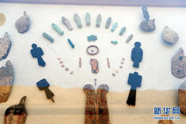 埃及�l掘出一�古王���r期墓地