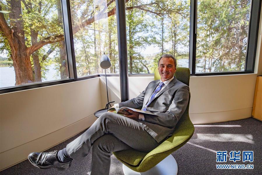 (國際·亞洲文明對話大會·圖文互動)專訪:文明之間的對話讓世界變得更好——訪澳大利亞國家博物館館長馬修·特林卡