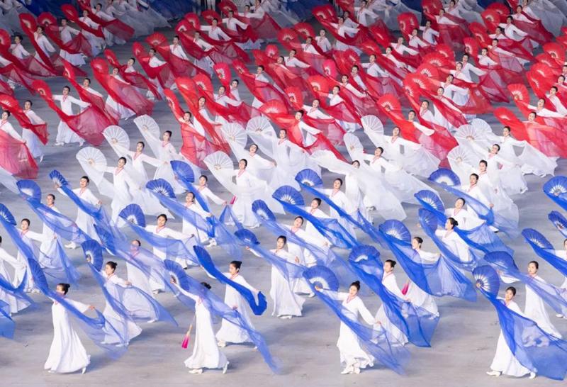 朝鲜为习近平来访专门创作的演出 现场太美太壮