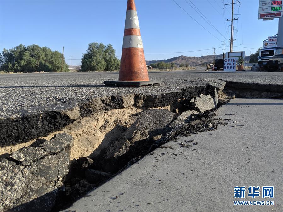 (國際)(3)美國加州強震過後余震頻繁 震中地區進入緊急狀態