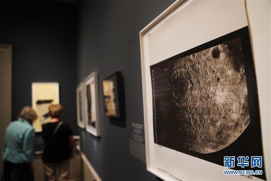"""(國際)(4)""""銀色月光下:百年月球影像""""將在華盛頓展出"""