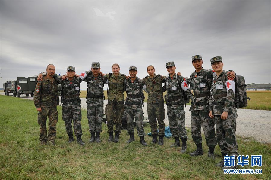 通讯:海外演训场,走来一群中国卫生士官