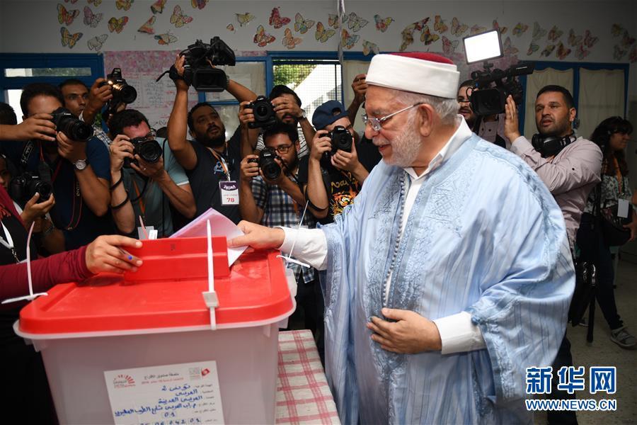 (國際)(1)突尼斯總統選舉投票開始