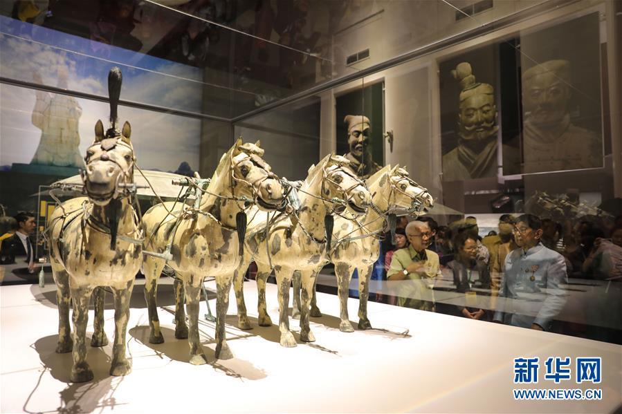 秦始皇兵马俑首次在泰国展出