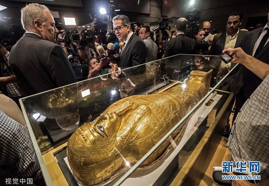 """埃及流失文物""""牧师纳吉姆-安赫金棺""""回归后首次展出"""