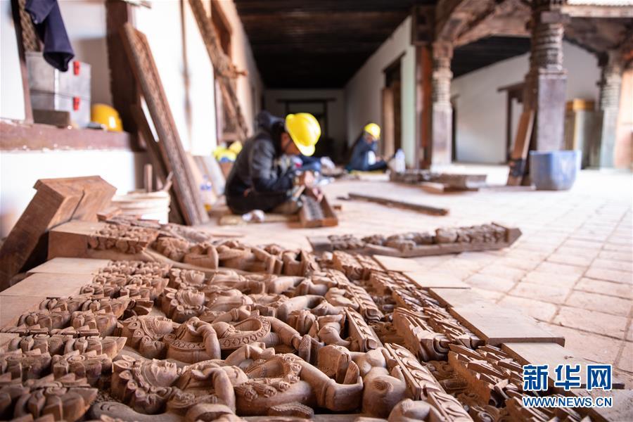 (习近平出访配合稿·图文互动)(4)通讯:尼泊尔工艺家和中国文物修复师的历史之约
