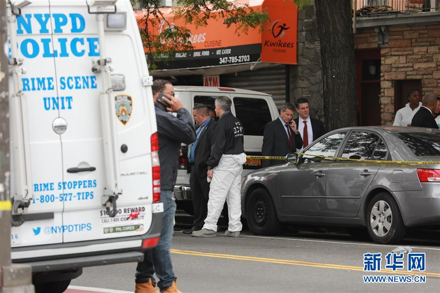 (國際)(1)美國紐約一地下賭場發生槍擊案4死3傷